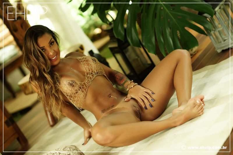 Bruna Carioca, sexy acompanhante Brasileira