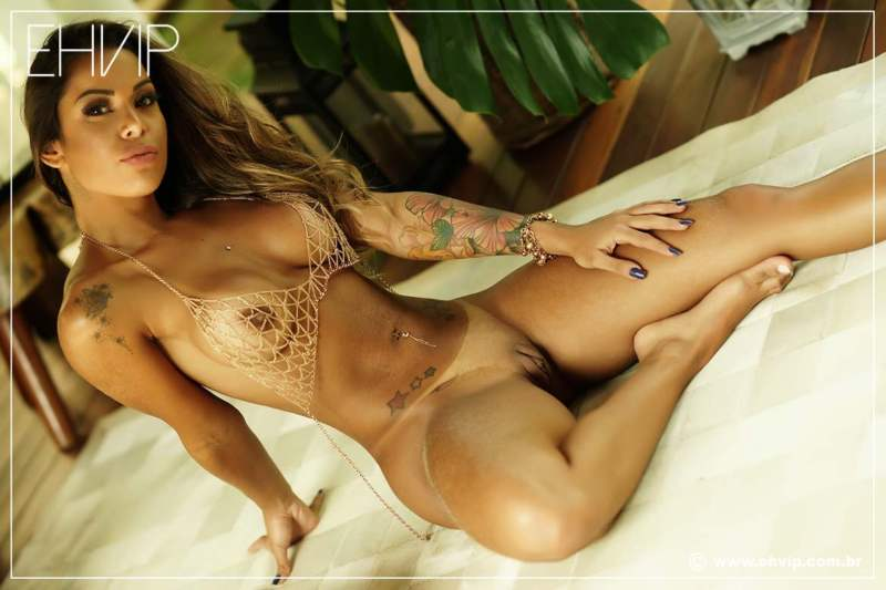 Bruna Carioca, linda acompanhante Brasileira
